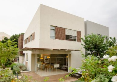 בית ומשרד יבגי סיטון – כפר סבא